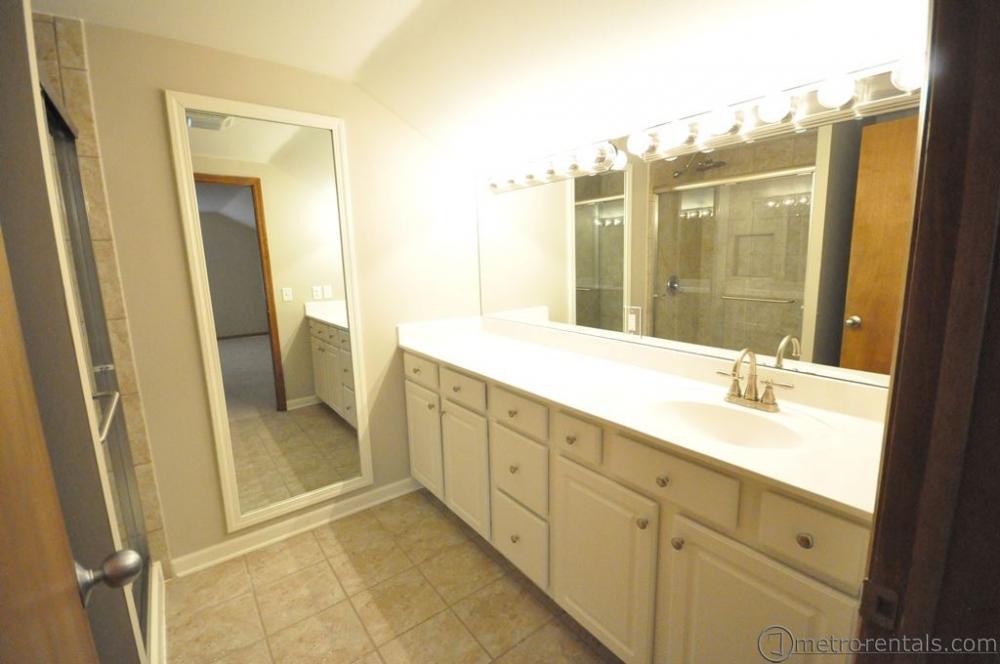 2953 Brandon Rd  - 3 Bedroom Apartment | Suburban Rentals