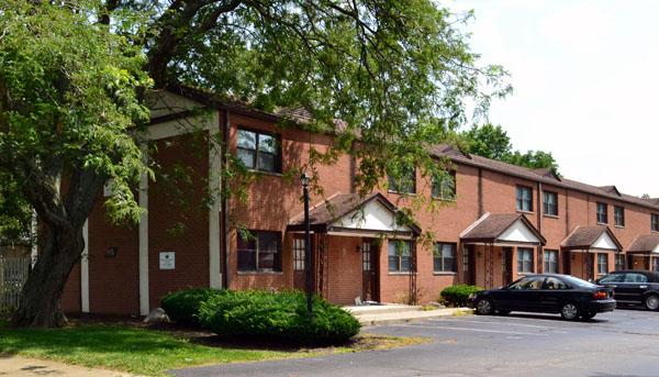 Westerville green apartments suburban rentals for 2 bedroom apartments westerville ohio